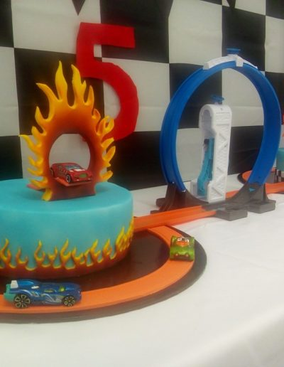 Children's Hot Wheels cake